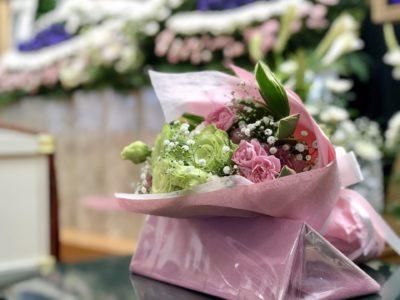 名古屋市港区 平安会館 南陽富田斎場 花束