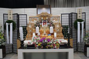半田市 半田花園梅定ホール 祭壇